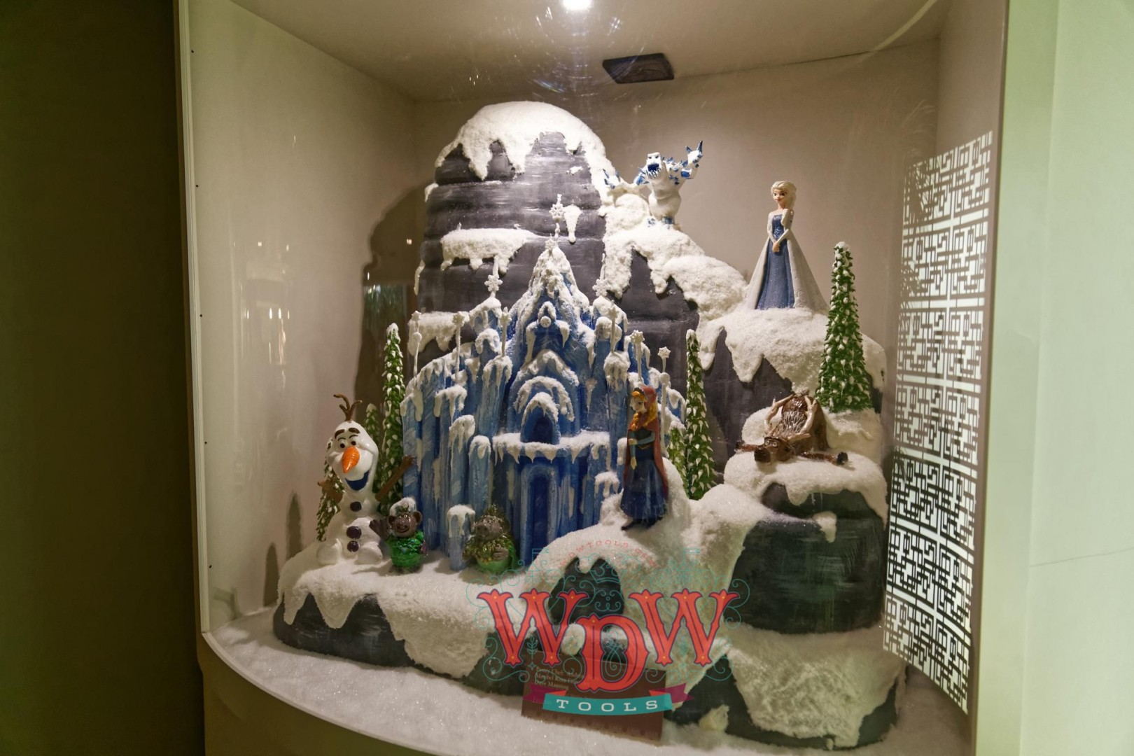 Frozen Diorama Made out of Ghiradeli chocolate at Epcot's F&W 2015