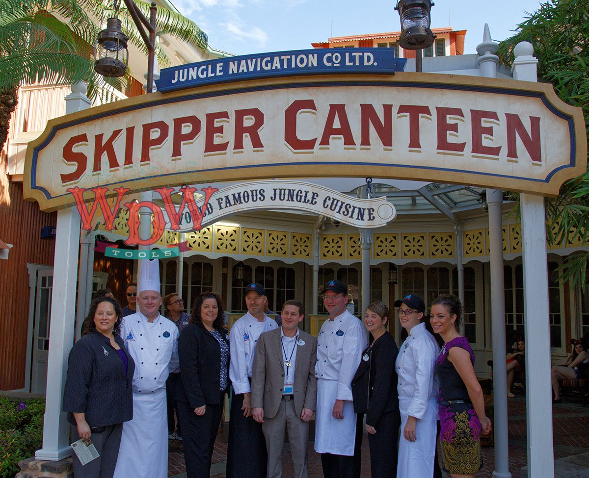 Cast photo on Skipper Canteen's opening day